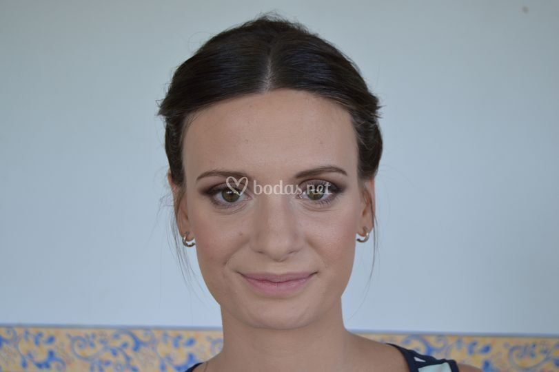 Ana maquillaje tradicional