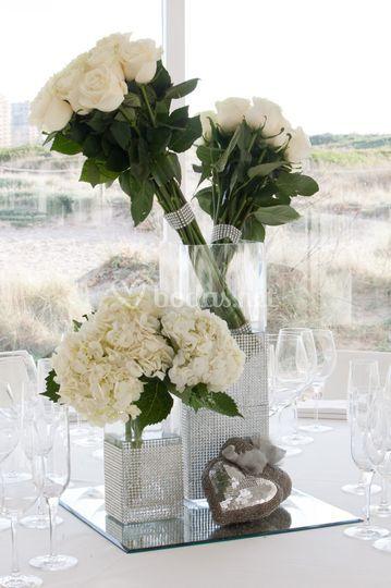 Centro de mesa atado de rosas