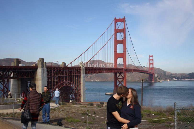 SF novios en el Golden Gate