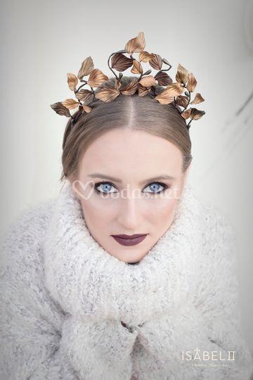 Maquillaje y tocado invernal