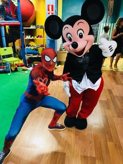 Mickey y Spiderman