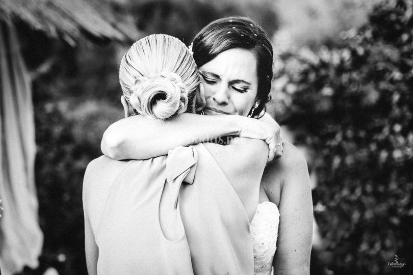 Abrazos de amigas