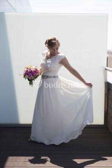 novia en gasa y tull bordado de ana corellano | foto 22