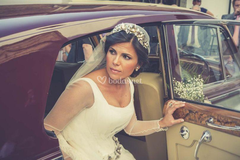 Imagen de la novia llegando