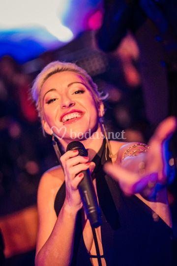 Raquel Arcos, cantante