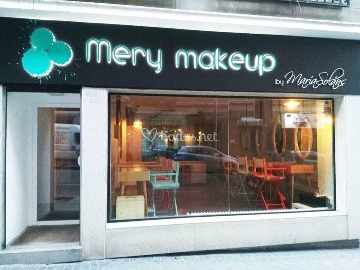 Fachada Mery makeup