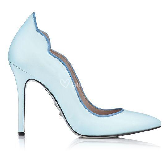Zapato salón ondas azul pastel