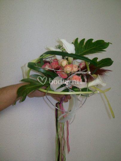 Bouquet con cintas