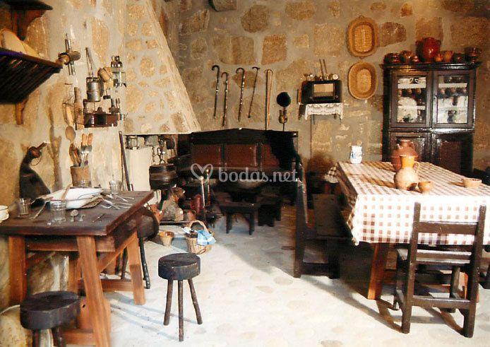 Cocina antigua de Castillo de Puente del Congosto | Foto 41