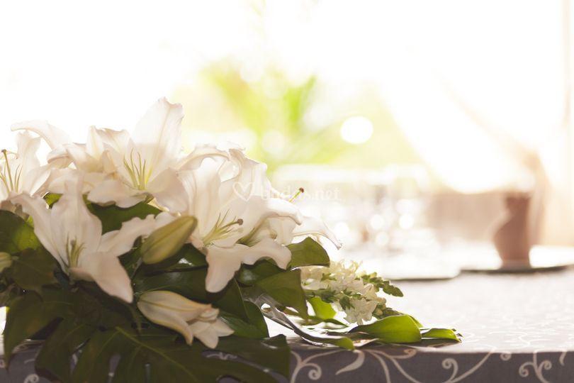 Flores en mi mesa