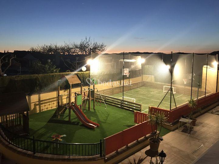 Zona infantil y castillos