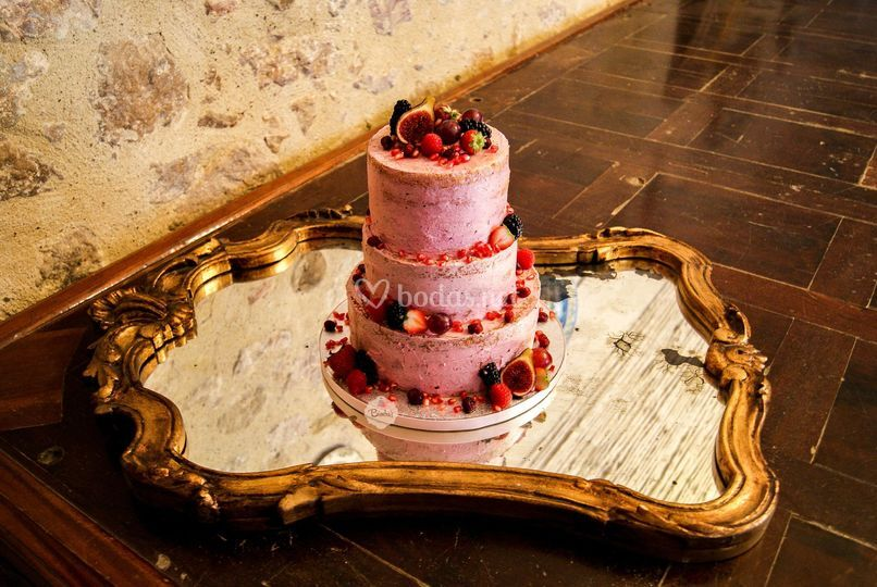 Tarta boda Semilayer con fruto