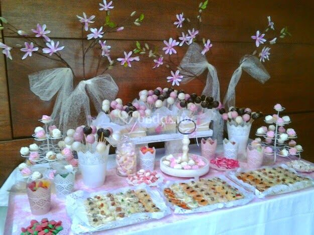 Mesas dulces boda de cumples con encanto fotos for Mesa de dulces para boda