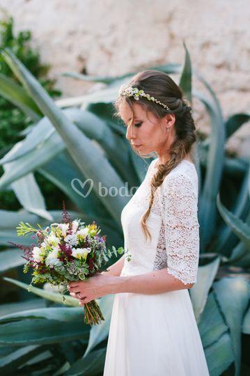 Diadema diseñada por la novia