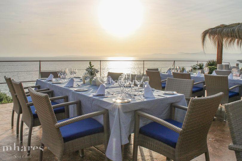Banquete puesta sol