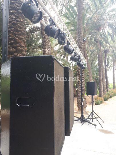 Montaje de sonido y luces