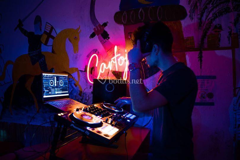 Eleme DJ