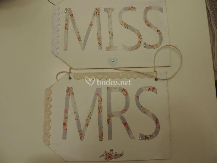 Cartel Miss y Mrs