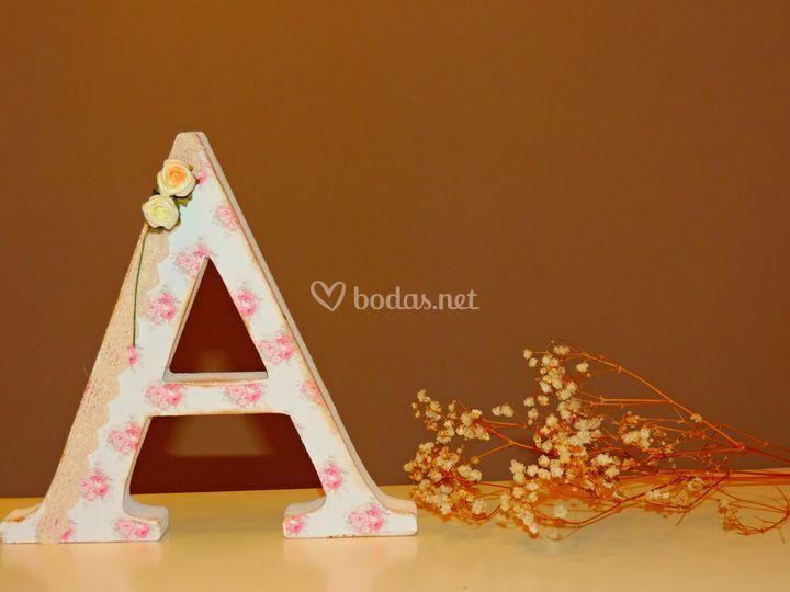 Letra A decorada