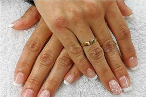 Anatha Nails