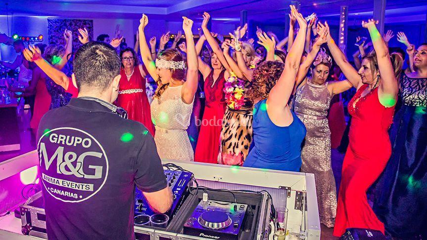 Disco DJ Cristina & Aingeru