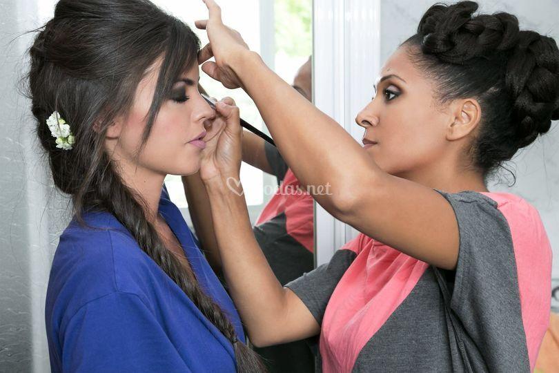 Maquillaje ahumado para novia