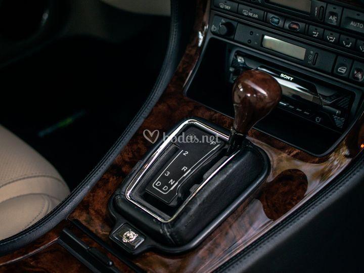 Jaguar XJ Sport X300
