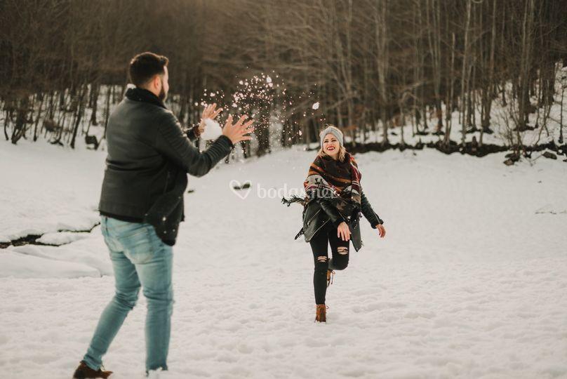 Jugando con la nieve