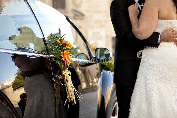 Arreglo floral del coche