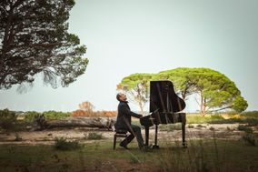 Piano Wedding by Manuel Butrón