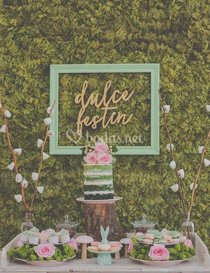 Ombreé wedding cake