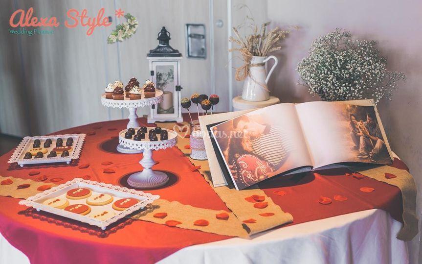 Mesa candy y libro de firmas