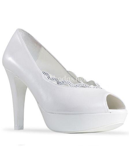 Zapato de novia en piel