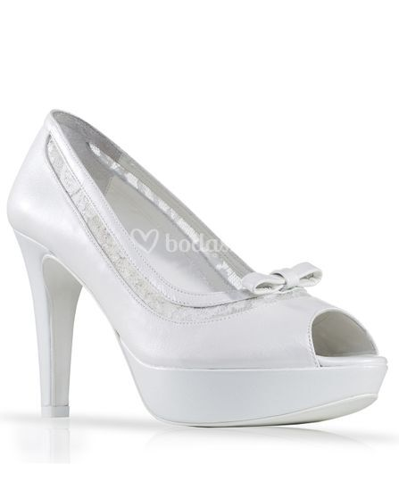 Zapato de novia piel y encaje