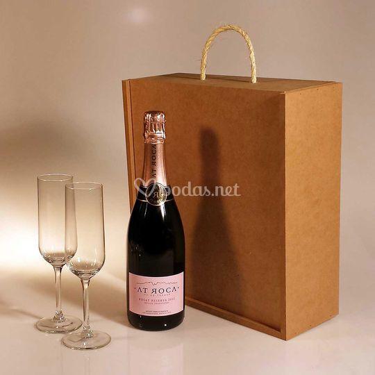 Kit de copas y botella en caja