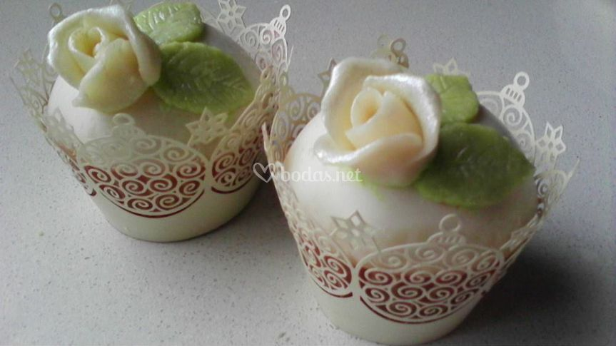 Rosa blanca y wrapper