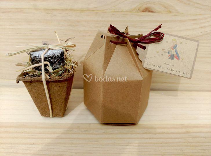 Caja hexagonal con minikit