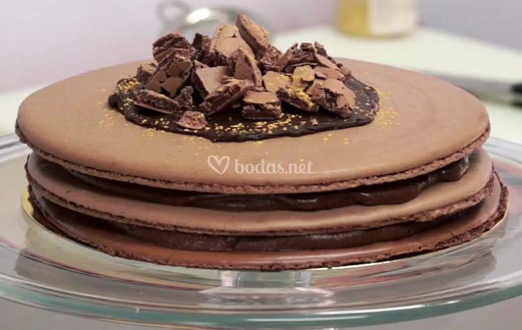 Tarta de macaron de chocolate