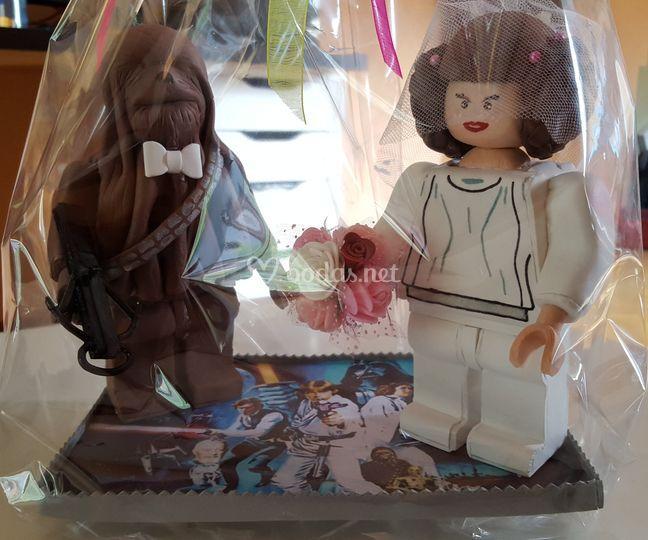 Muñecos tarta boda temática