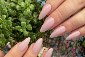Esencia Nails Spa