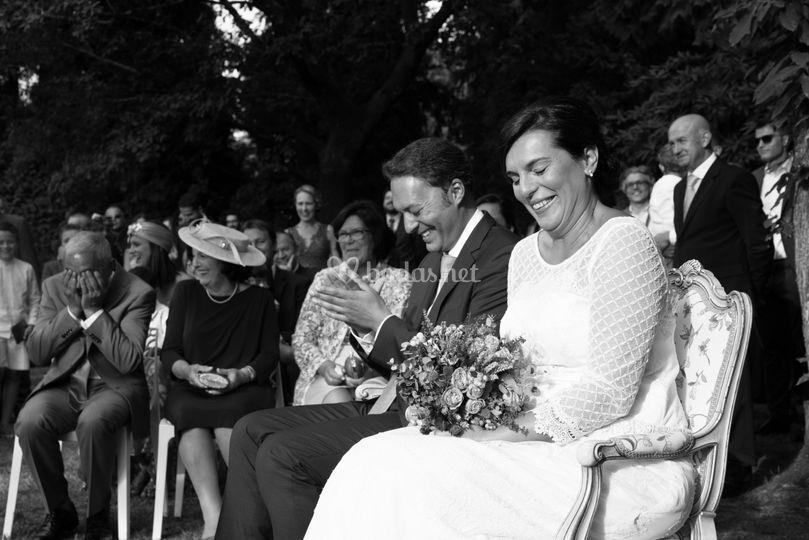 Las risas de la ceremonia