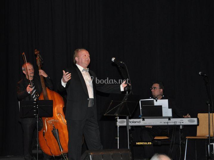 Ramón La Voz concierto