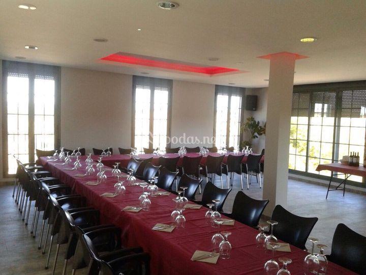 Salón interior preparado evento