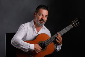 Juan Valenzuela Guitarrista