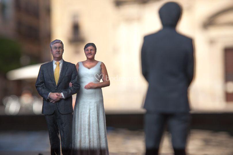 El Padrino acompaña a la novia
