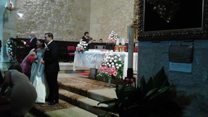 Actuación en ceremonia religiosa