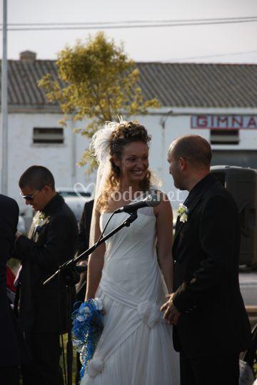 Mirada brillante de la novia