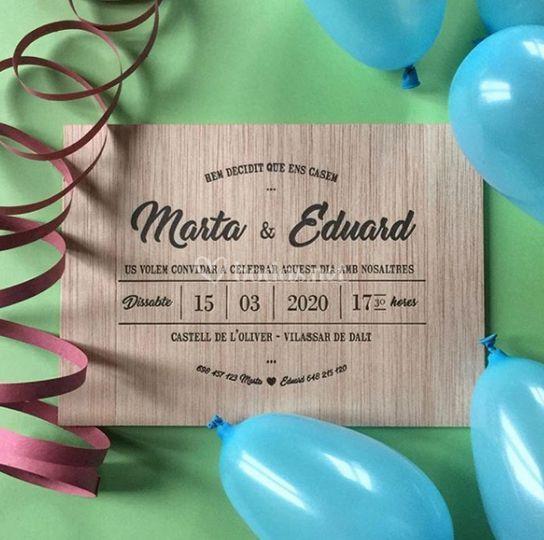 Invitación en madera