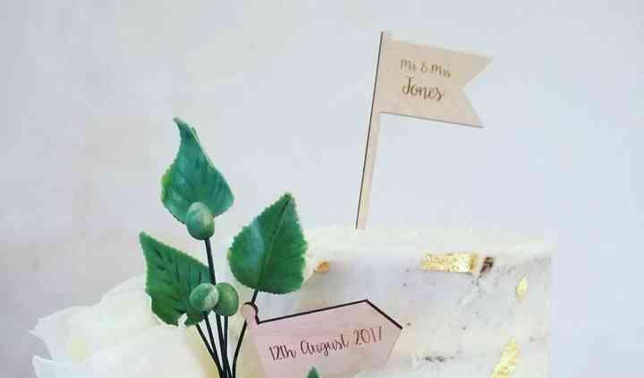 Tarta de boda crema -oro