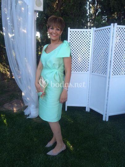 Vestido en tono verde para madrina